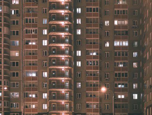 Kiadó panel lakás